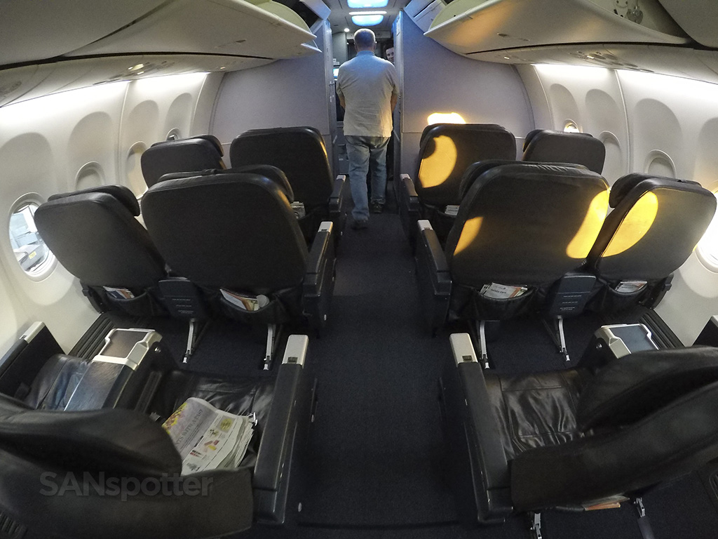 United Airlines 737 900 Er First Class San Diego To Los