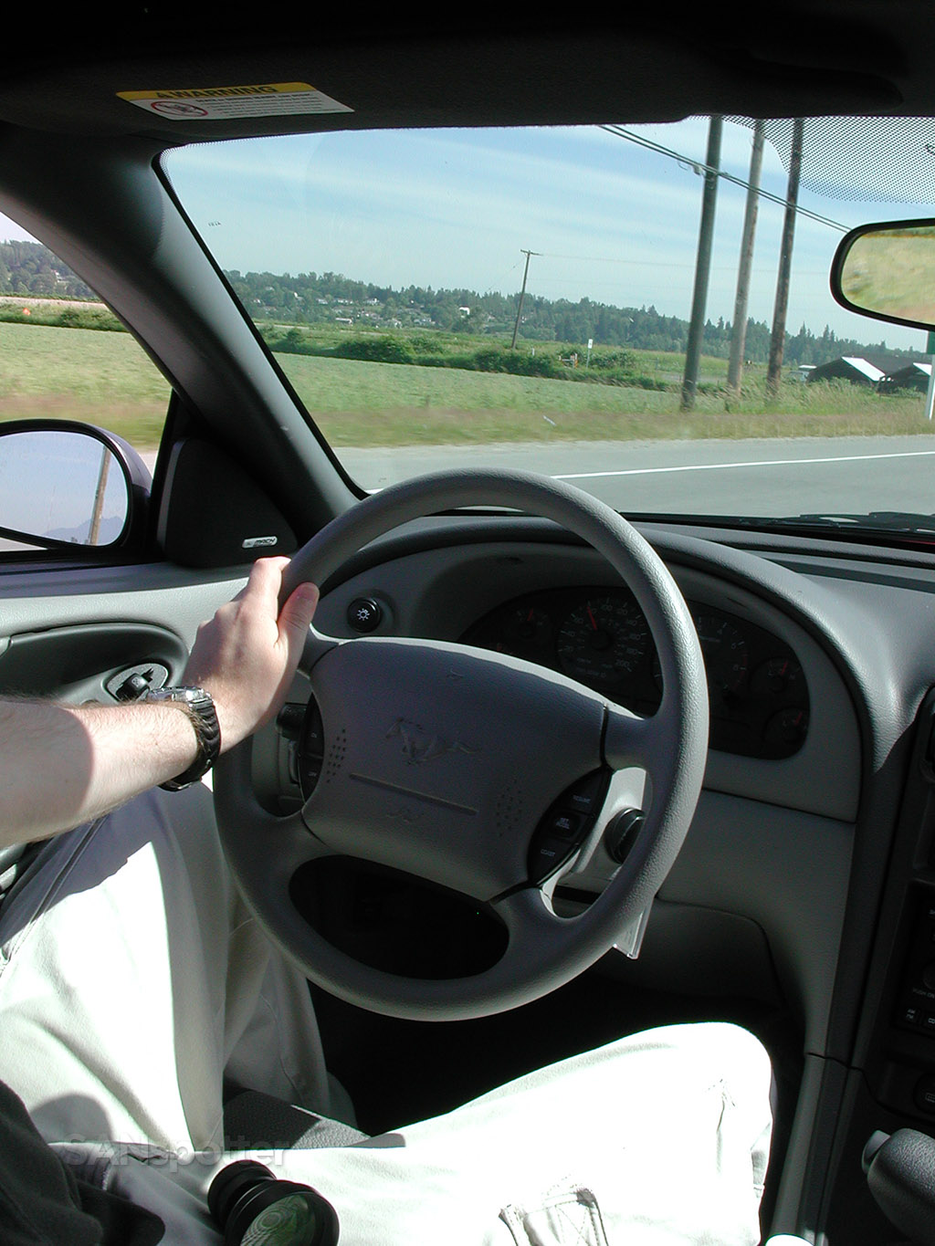 driving 2001 ford mustang