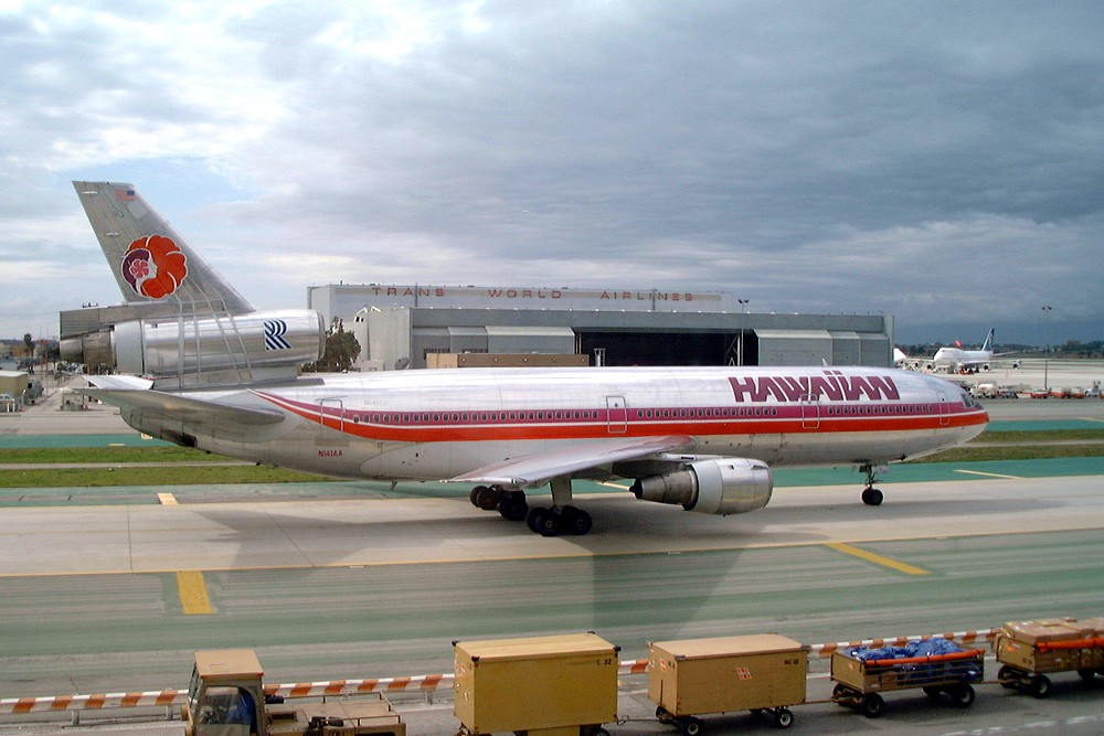 Hawaiian Airlines DC-10-30