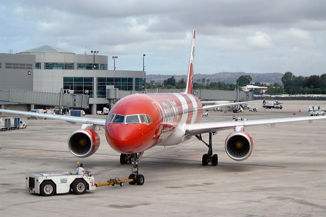 America West 757-200 Arizona Cardinals Livery