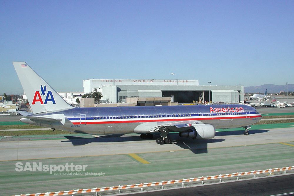 American Airlines 767-300