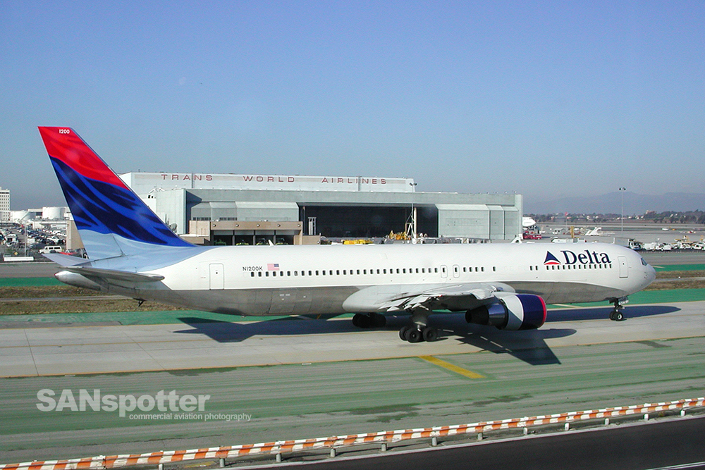 Delta Airlines 767-300