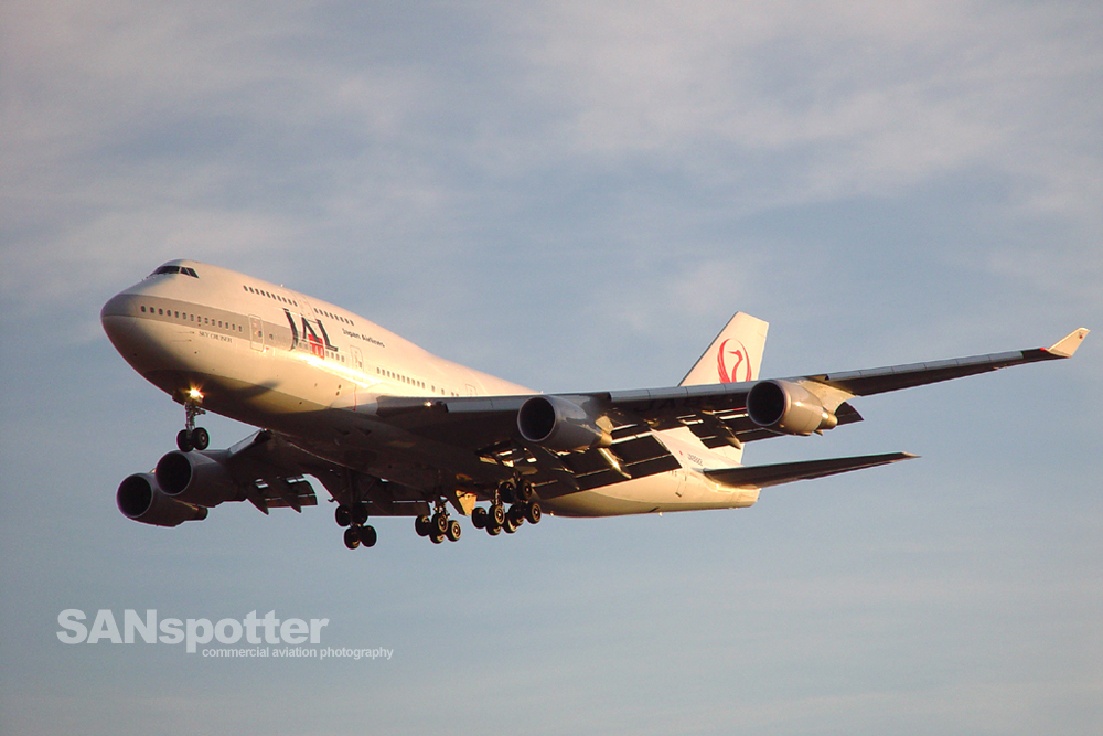 Japan Airlines 747-400