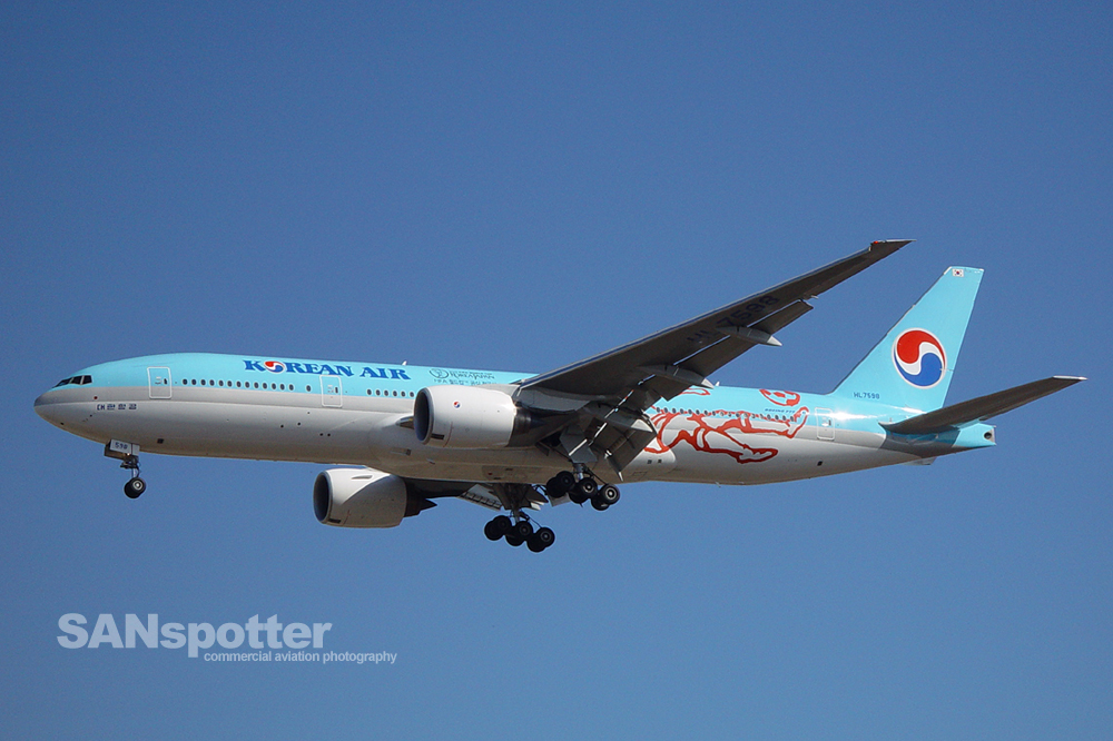 Korean Air 777-200 World Cup 2002 Livery