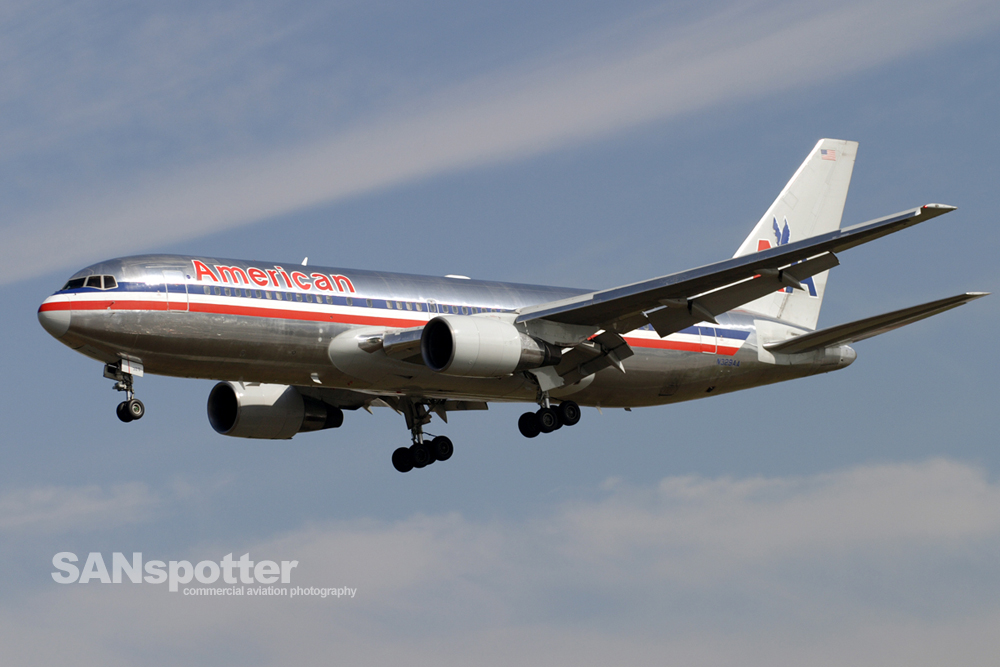 American Airlines 767-200