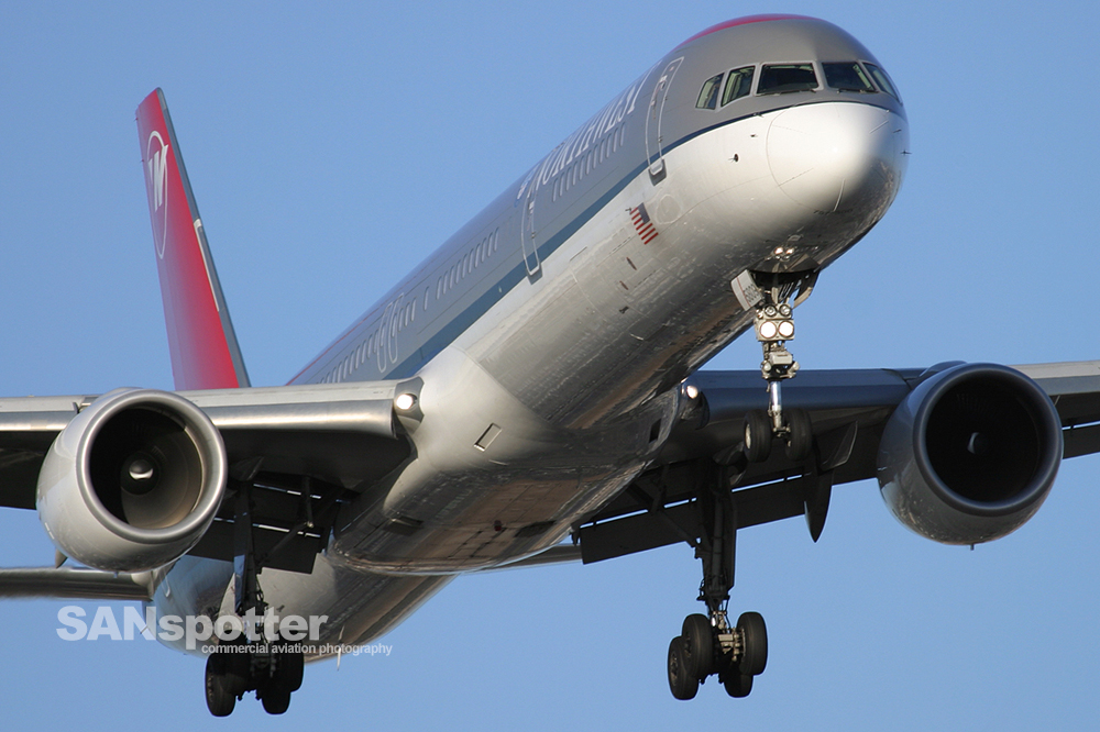 Northwest Airlines 757-300