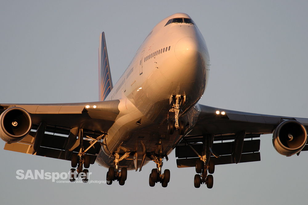 Philipines Airlines 747-400