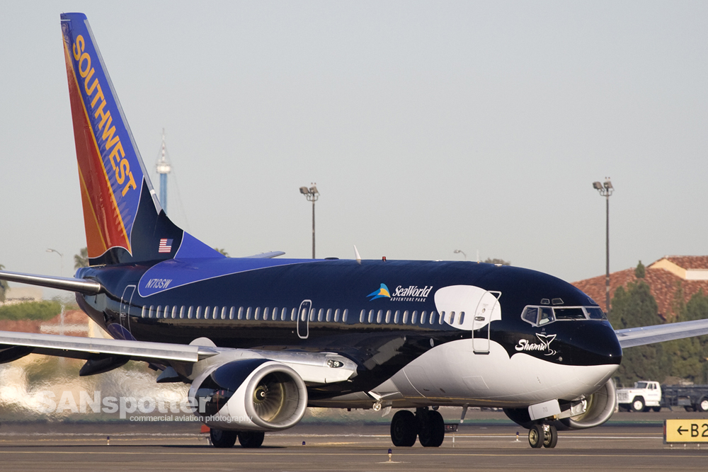 Southwest Airlines 737-700 Shamu One Livery