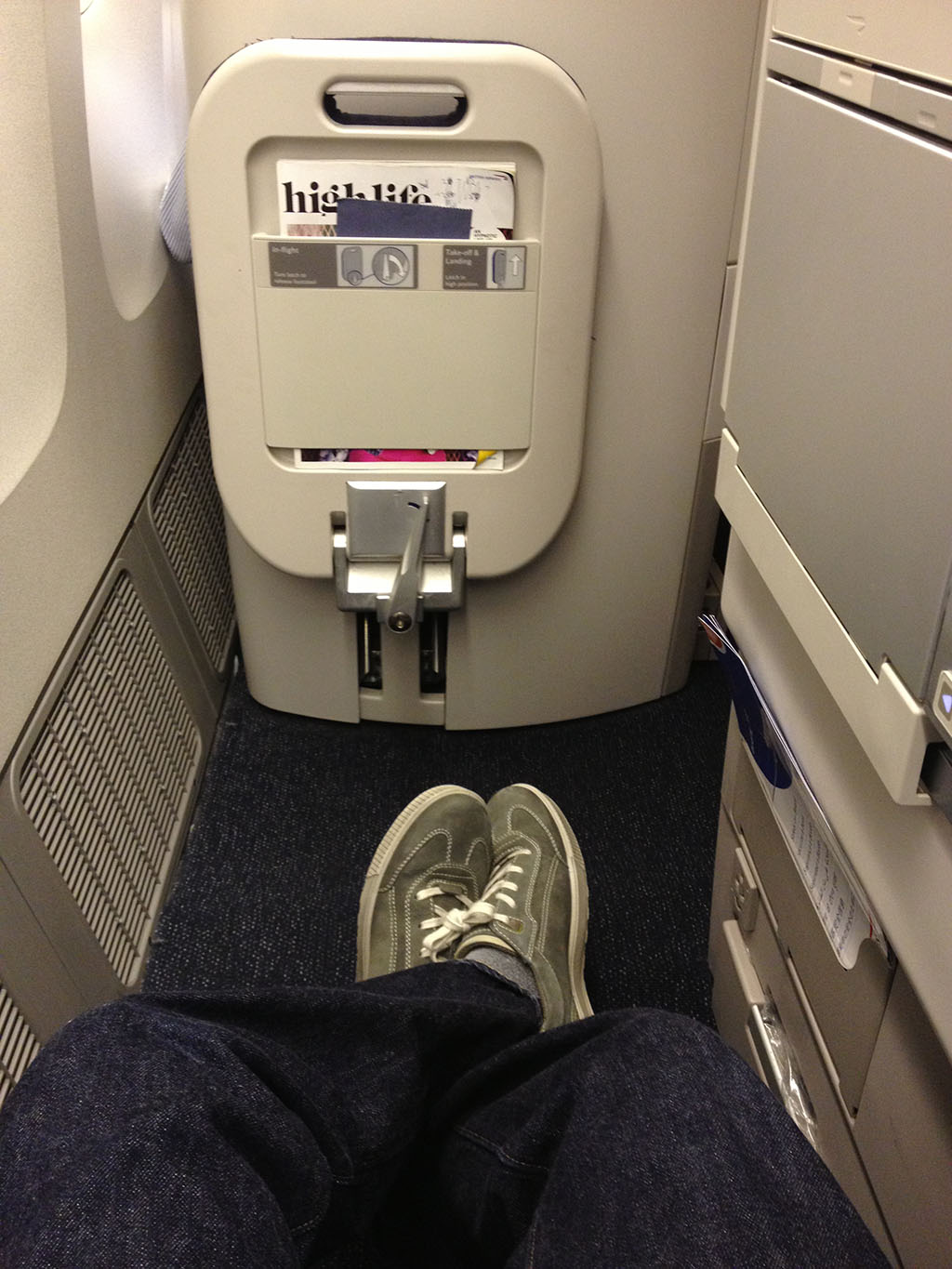 Plenty of legroom in seat 4k in Club World on the British Airways 777