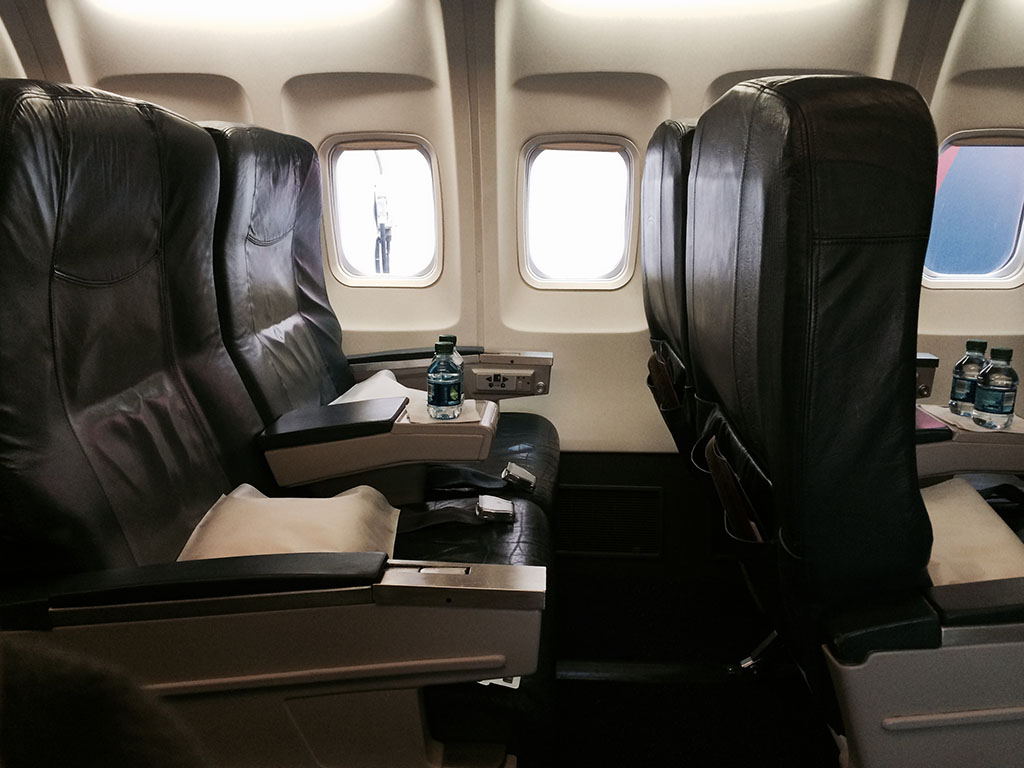 seats 3a and 3b