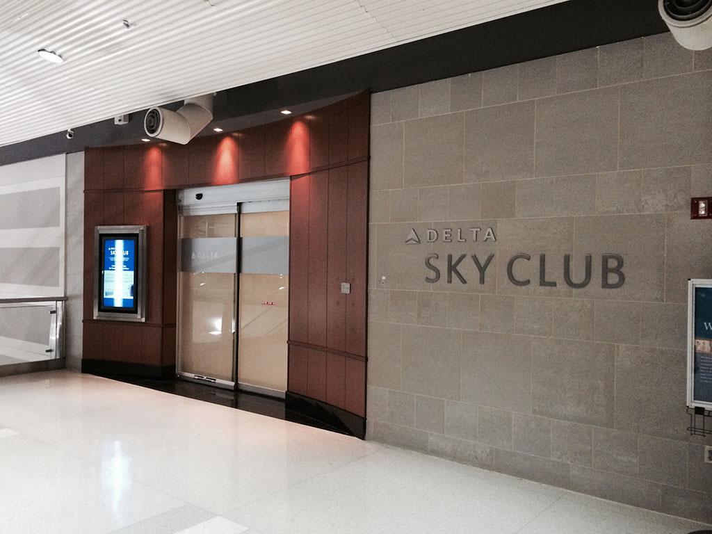 DTW Sky Club Entrance