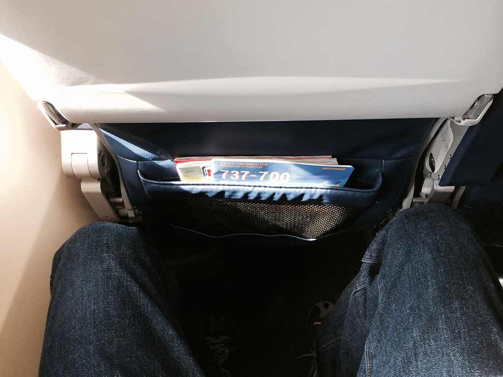 legroom 737 southwest airlines