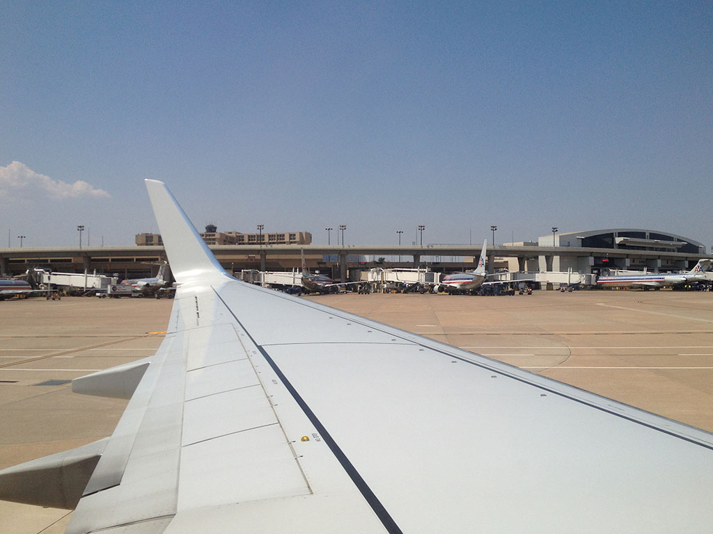 Taxiing to our gate at DFW