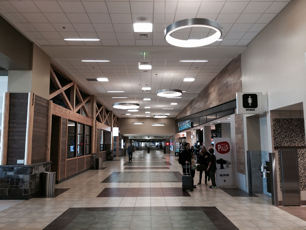 reno airport interior