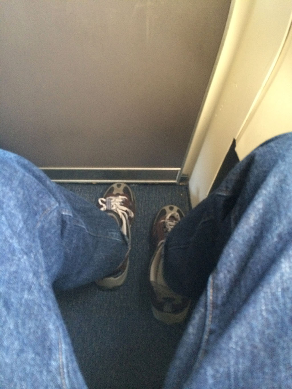 seat 1d leg room on the southwest airlines 737-700