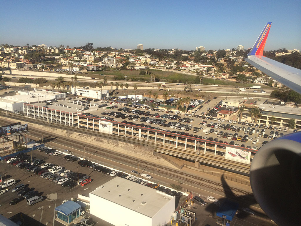 approaching san diego international airport