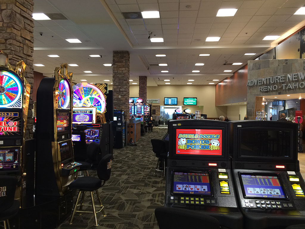 slot machines at the reno airport