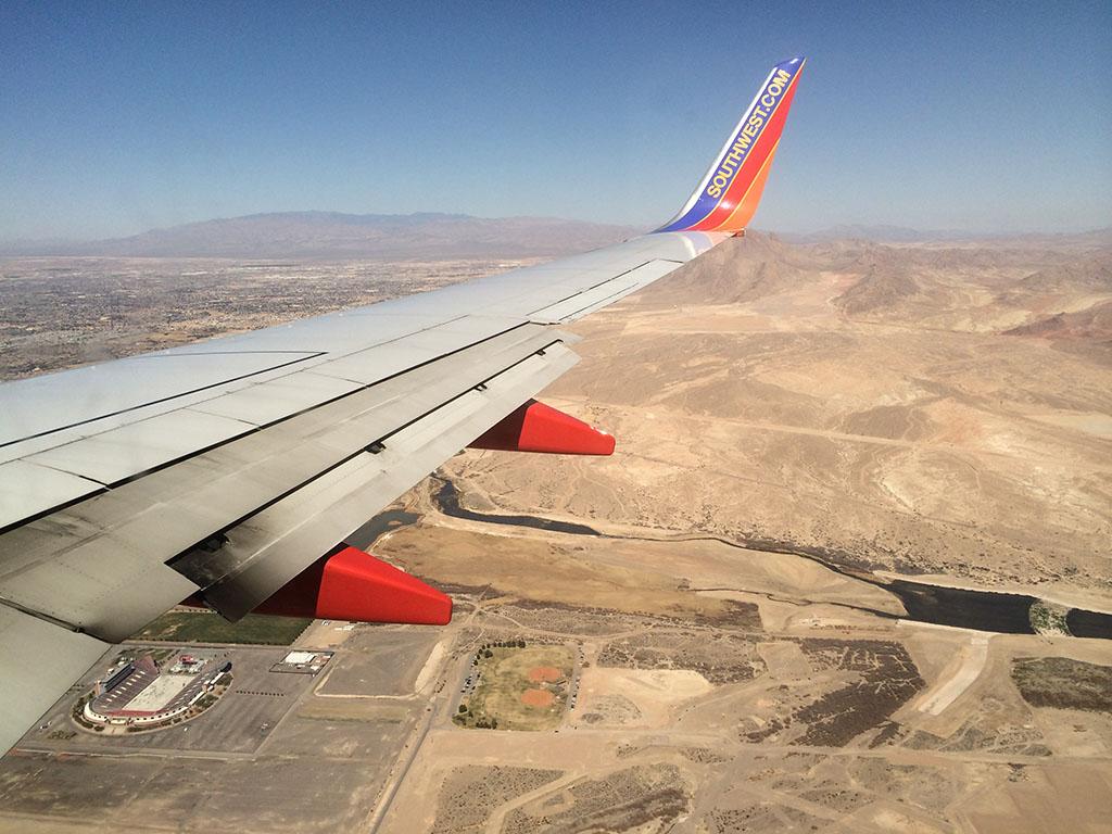 25L arrival into LAS