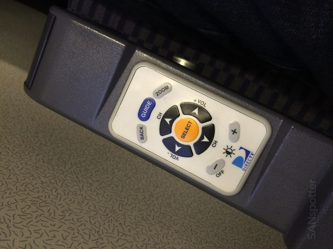 in flight entertainment remote control united airlines 737-800