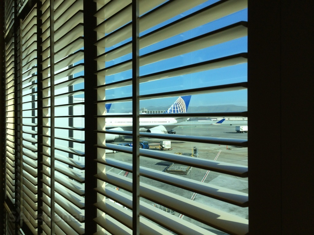 plane spotting from the united global first lounge at SFO