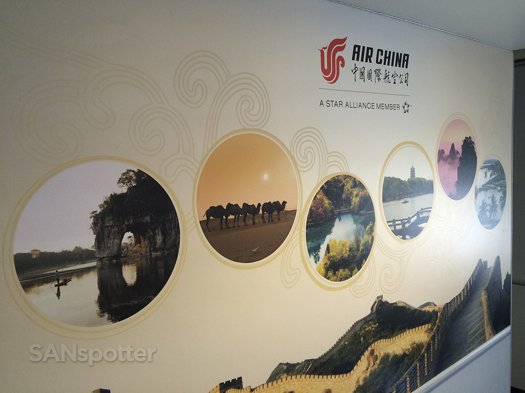 mural with Chinese scenery
