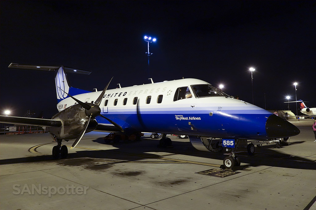 United Express (SkyWest) EMB-120ER