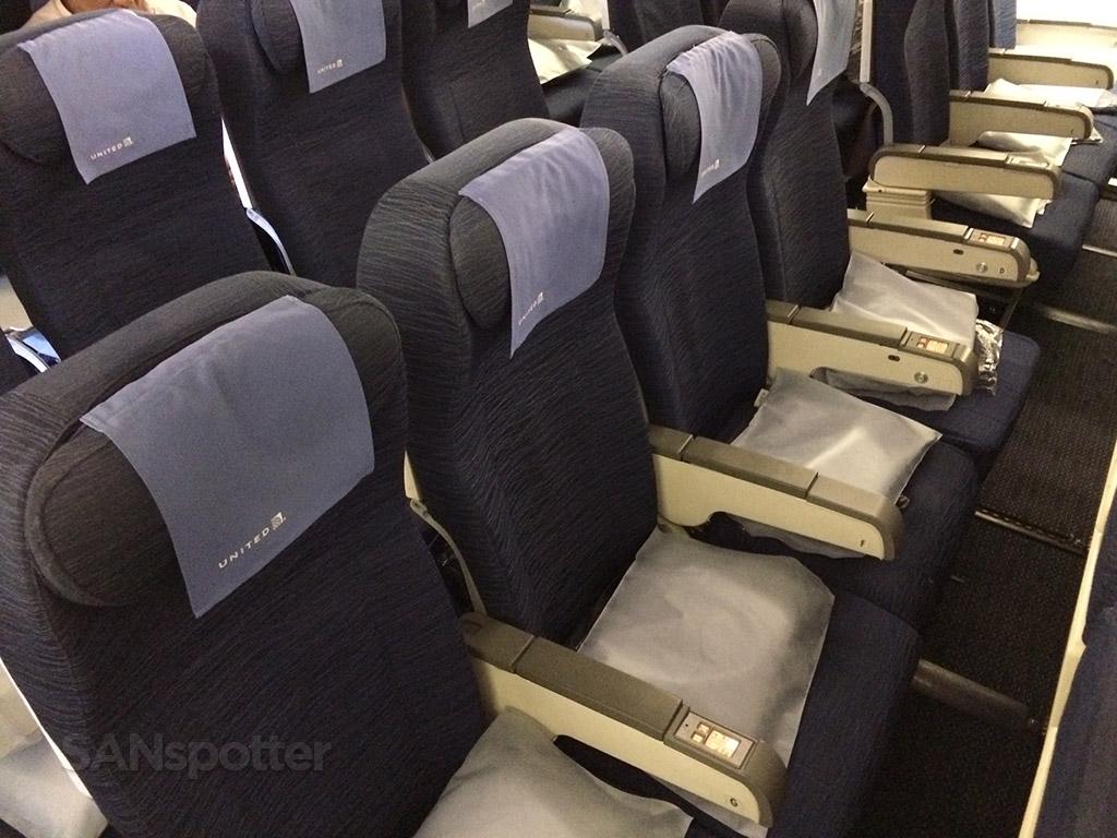747 row 55