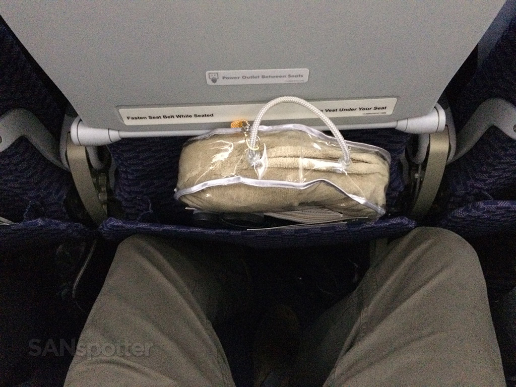 Trip Report United Airlines Economy Class Tokyo Narita To Los Angeles Sanspotter