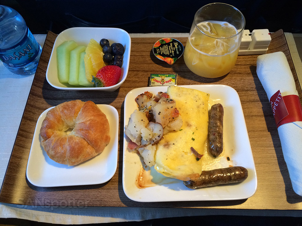 first class meal in domestic first class delta airlines