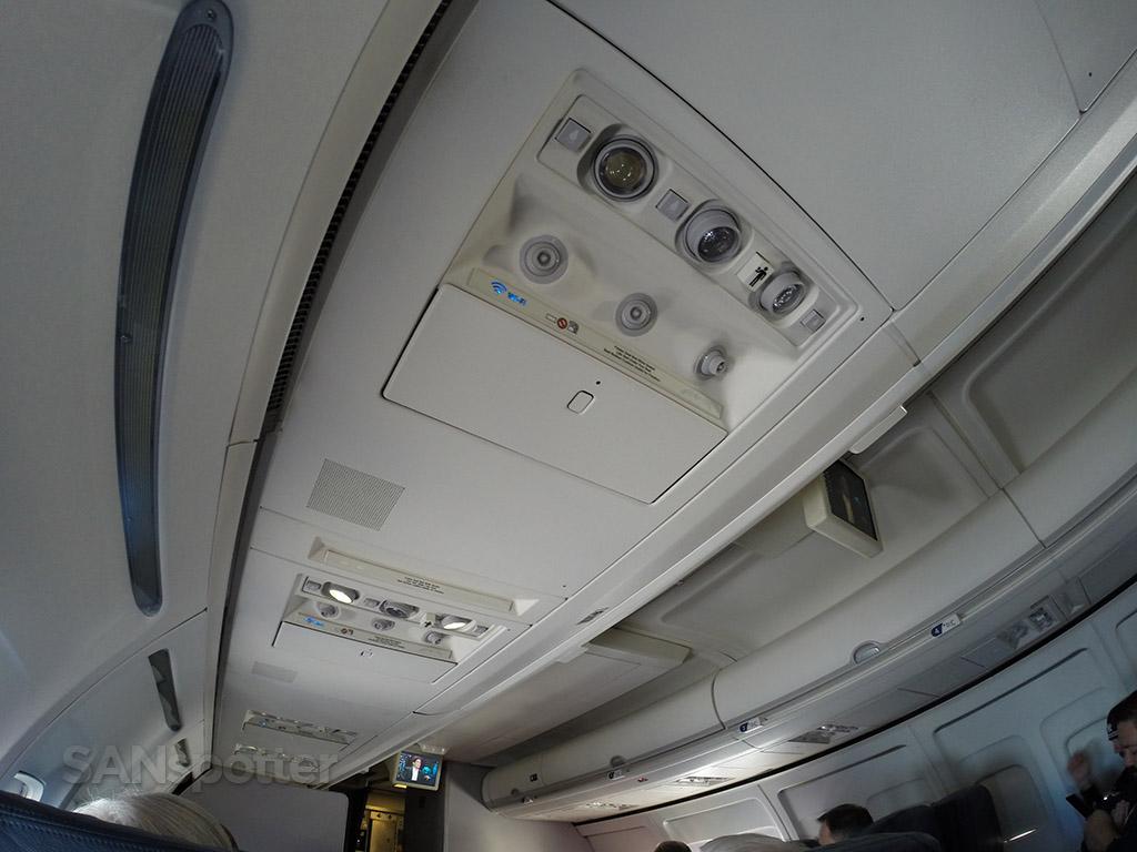 boeing 757 overhead panel