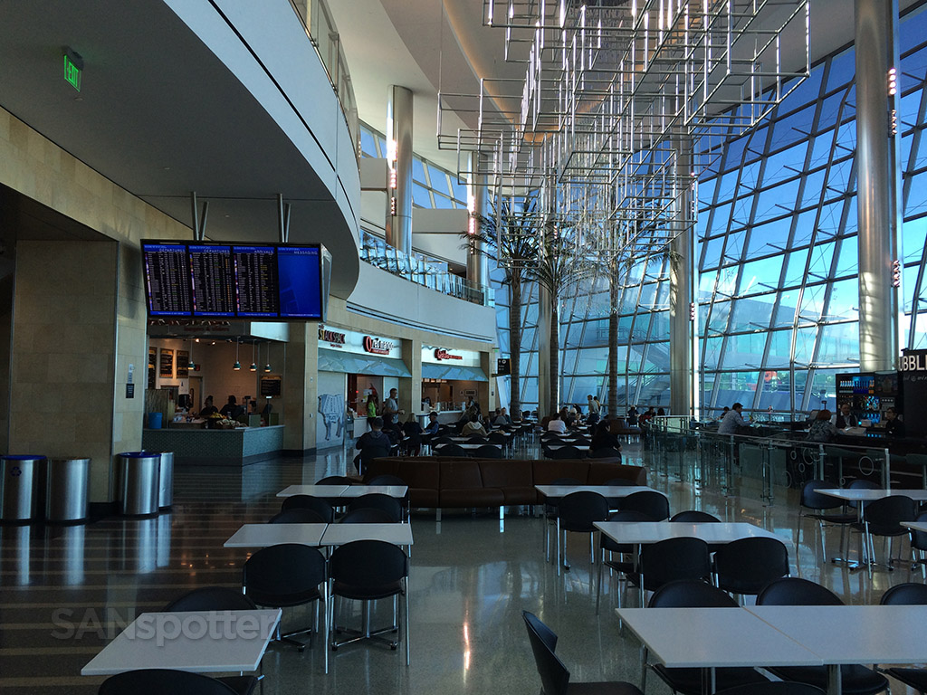 SAN terminal 2 west food court