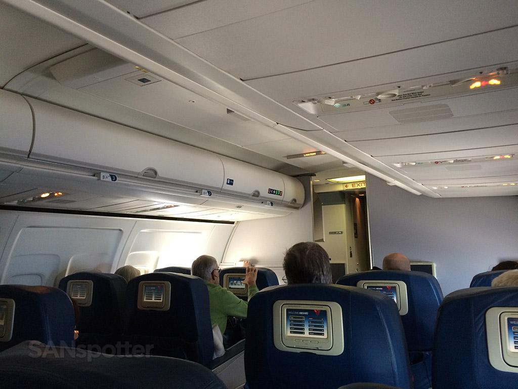 Delta 757-200 first class cabin