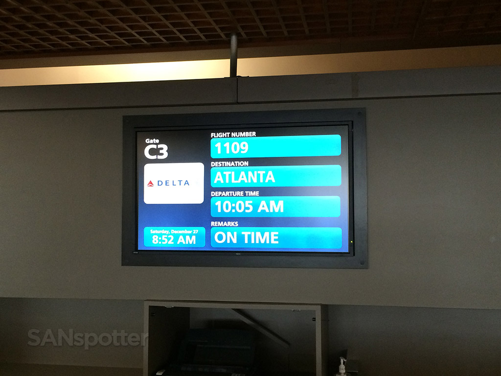 gate c3 flight information board PBI