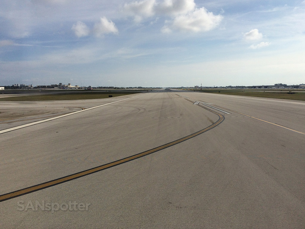 runway 10 at PBI