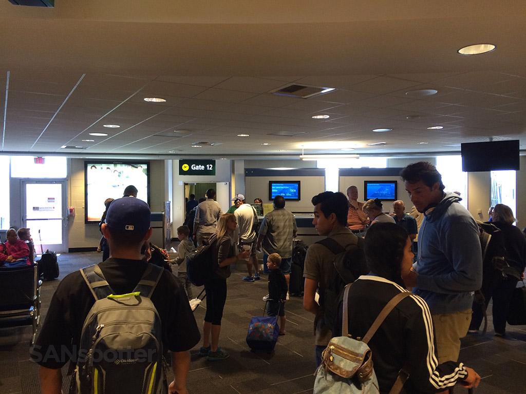 gate 12 san diego airport terminal 1