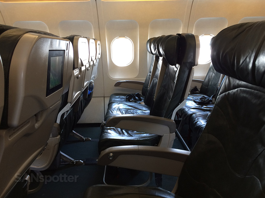 frontier airlines a319 seat spacing