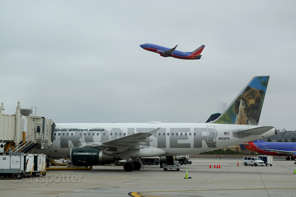 N931FR frontier airlines san diego