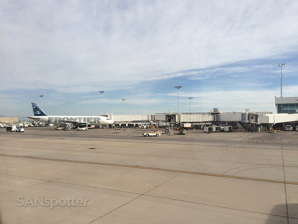 denver airport frontier airlines