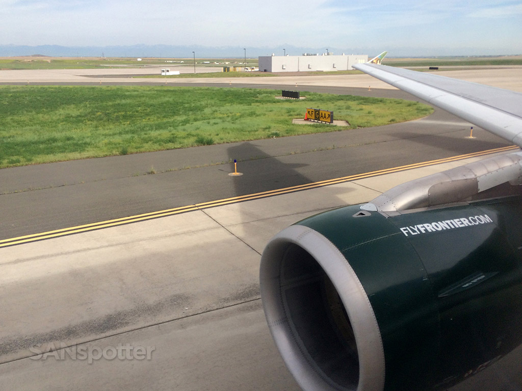 frontier airlines A319 denver