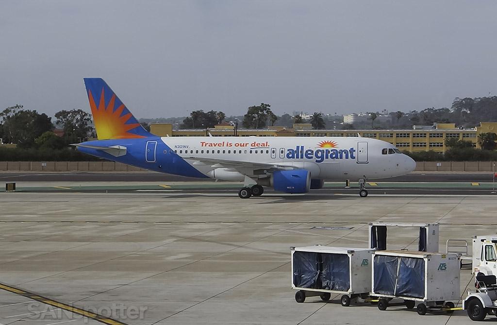 Allegiant Air A319 san diego