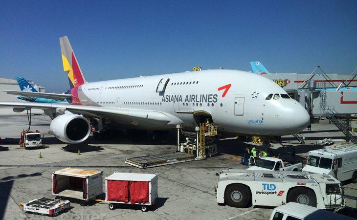 Asiana A380 at LAX