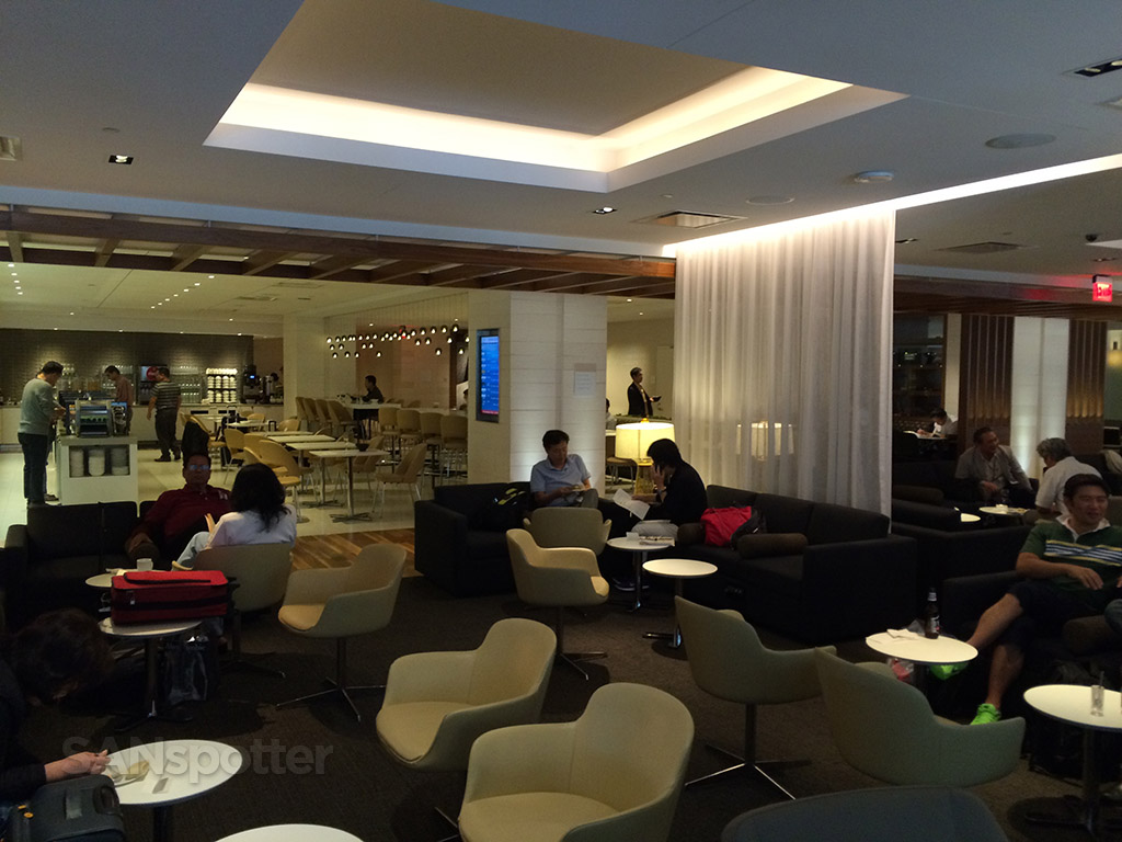 lax business class lounge