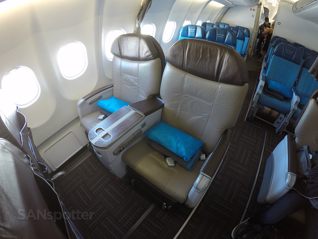 hawiian airlines a330 first class seat