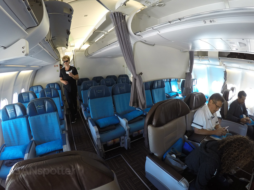 hawaiian airlines a330 economy plus seating