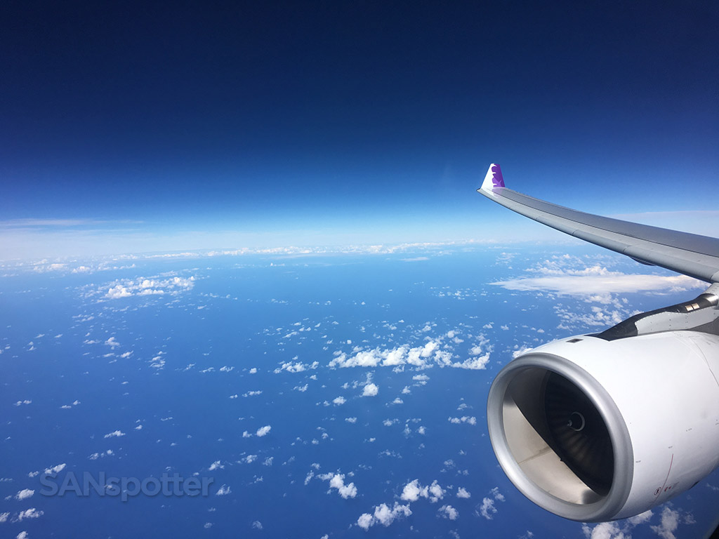 hawaiian airlines a330 in flight
