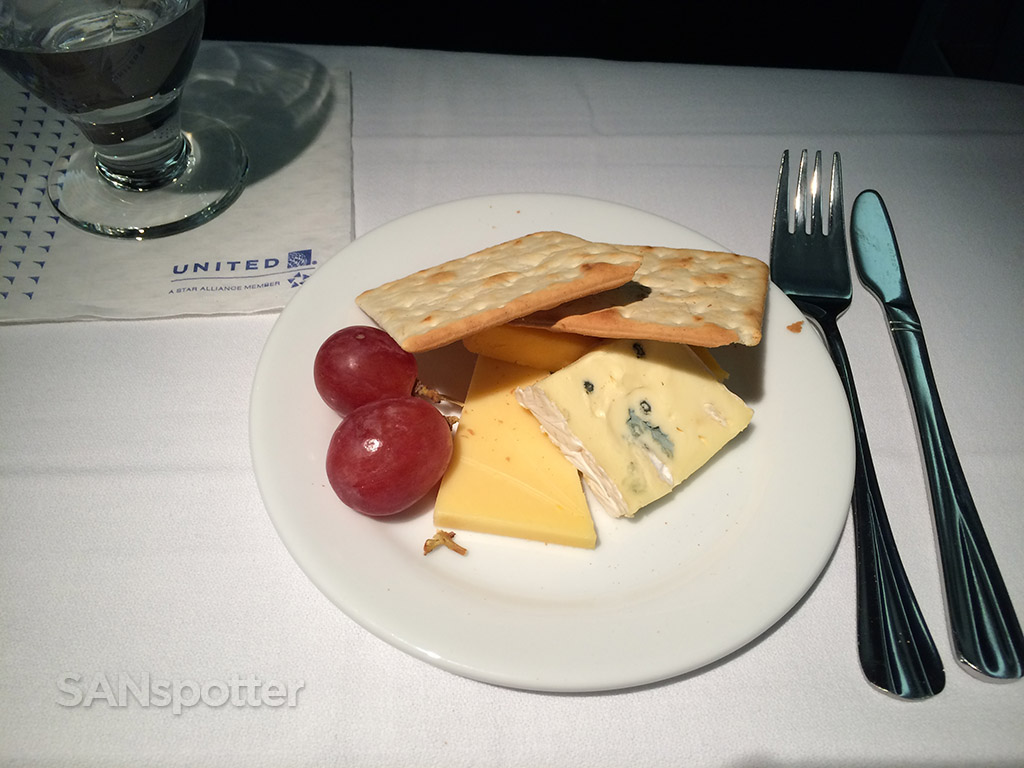 united airlines BusinessFirst dessert