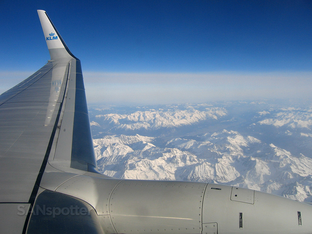 KLM 737-800 wing