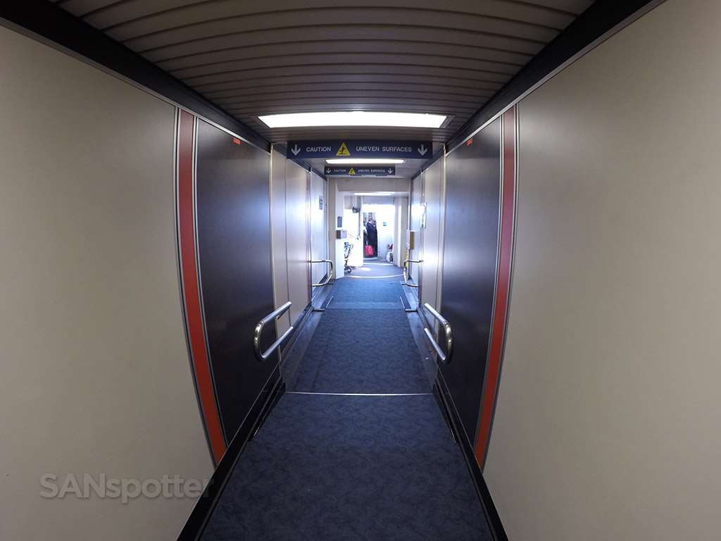 lax jet bridge