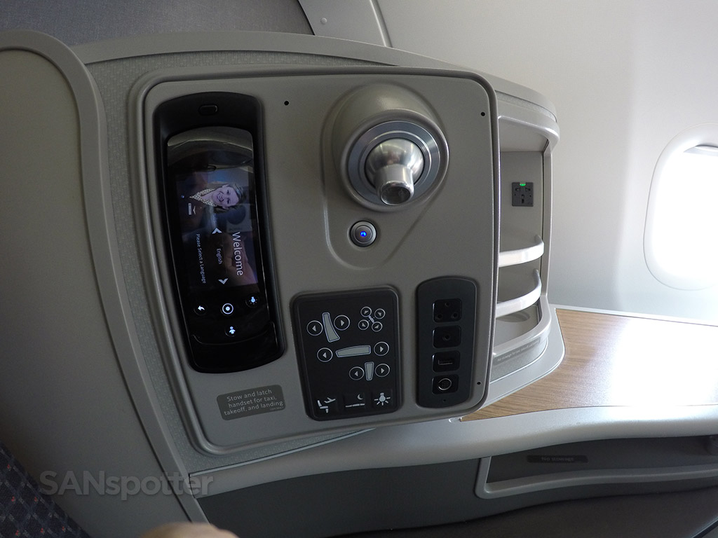 american airlines a321 first class seat controls