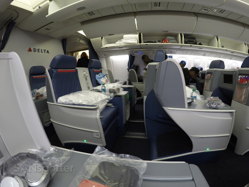 delta one business class cabin view